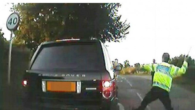 Aksi brutal kepolisian Gwent, Inggris