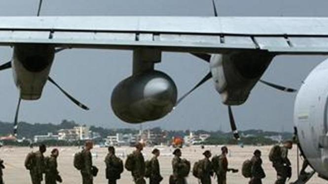 Tentara di pangkalan militer AS Futenma, Okinawa, Jepang.
