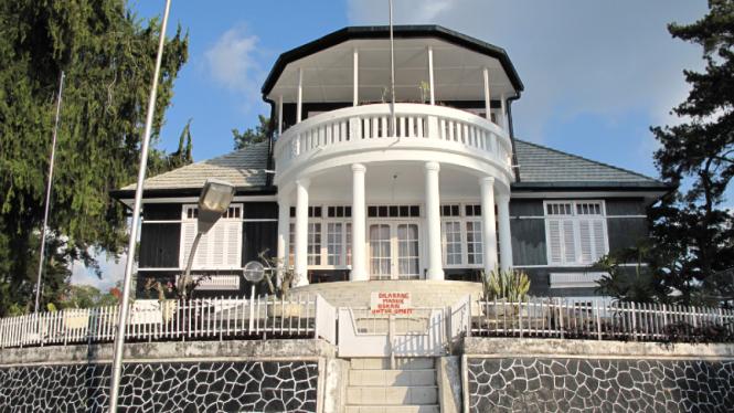 Rumah Pengasingan Soekarno, Prapat, Danau Toba