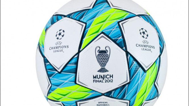 Desain bola final liga champions 2012