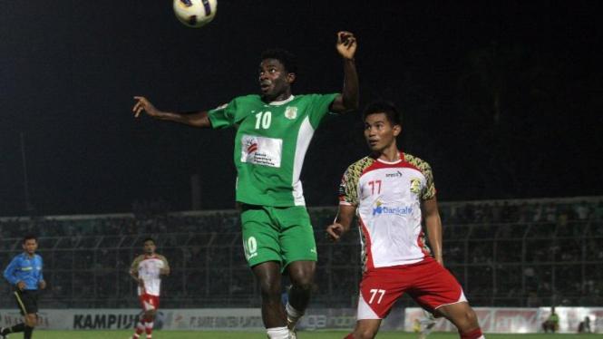 Striker PSMS Medan, Osas Saha (hijau)