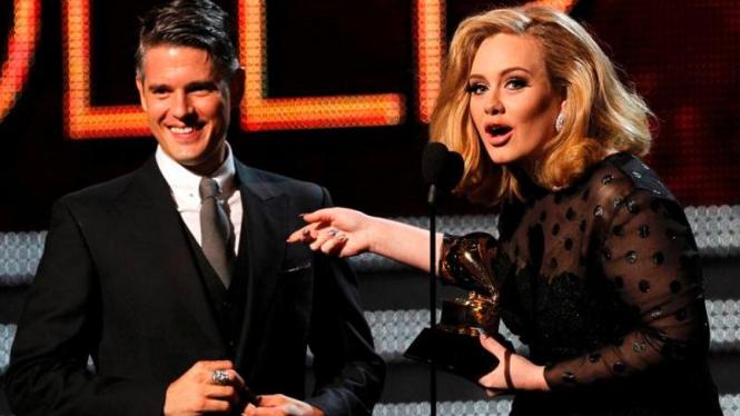 Adele dan Paul Epworth Grammy Awards