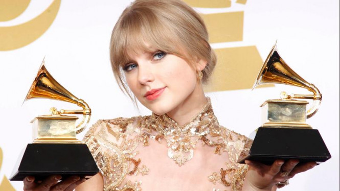 Taylor Swift di ajang Grammy Awards ke-54