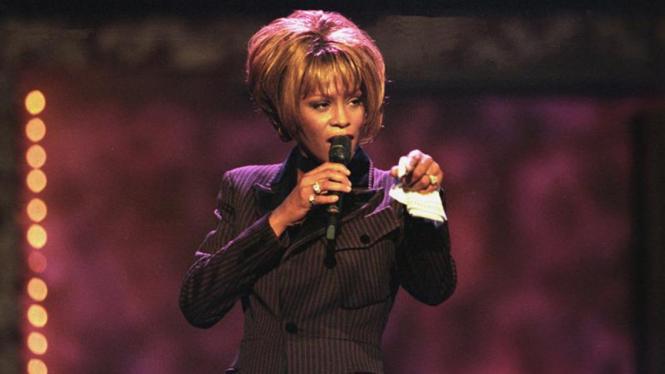 Whitney Houston dalam kenangan