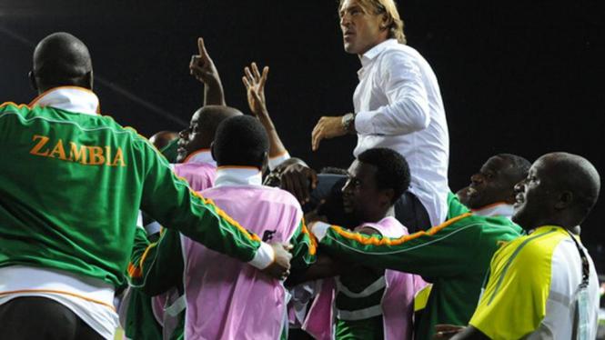 Herve Renard Bawa Zambia Juara Piala Afrika