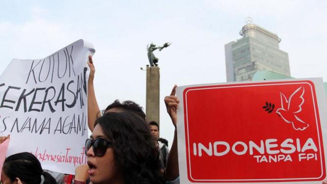 Aksi Demo Anti FPI