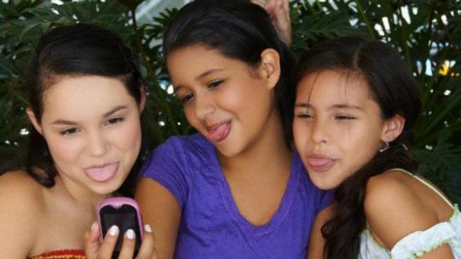 Remaja perempuan