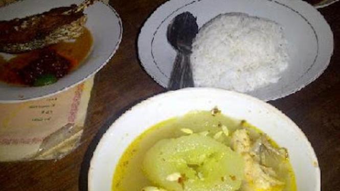 Sup ikan Mak beng Bali