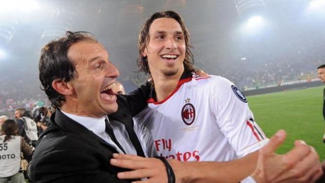 Massimiliano Allegri (kiri) dan Zlatan Ibrahimovic