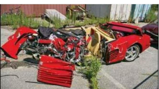 Ferrari Testarossa mengalami kecelakaan di New Jersey, Amerika Serikat