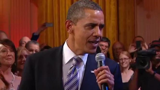 Presiden Barack Obama bernyanyi lagu blues, 21 Februari 2012