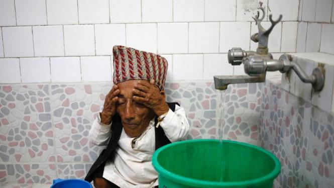 Manusia mini dari Nepal