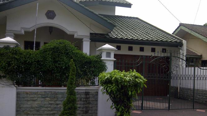 Rumah Dhana Widyatmika (DW) di Cipinang Melayu, Jakarta Timur