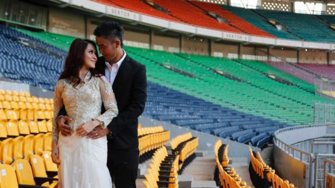 Okie Agustina - Gunawan Dwi Cahyo Lakukan Foto Pre-Wedding