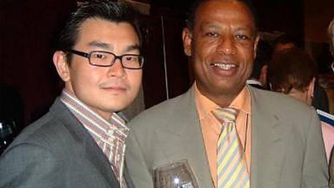 Rudy Kurniawan, pemalsu wine di AS (kiri)