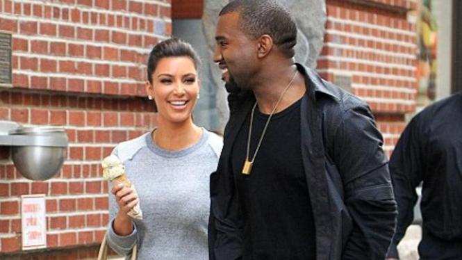 Kim Kardashian dan Kanye West makin mesra
