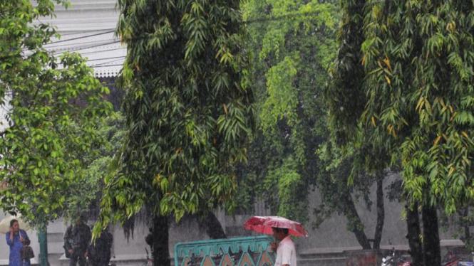 Jakarta Diguyur Hujan