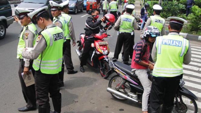 Razia Gabungan TNI-Polri