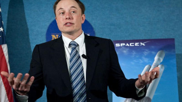 https://thumb.viva.co.id/media/frontend/thumbs3/2012/05/23/155928_ceo-spacex--elon-musk_375_211.jpg