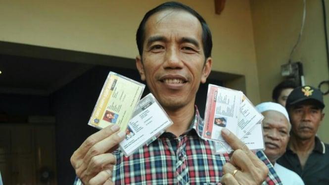 Jokowi kunjungi warga kebayoran lama