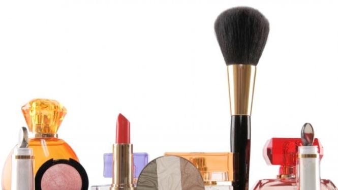 10 Merk Kosmetik Terbaik untuk Cantik Alami – VIVA 040e15a193