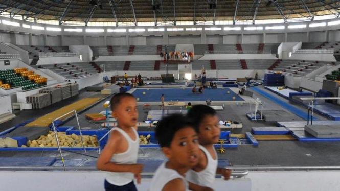 Persiapan Riau Sebagai Tuan Rumah PON 2012