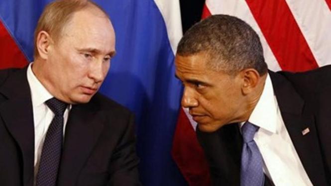 Presiden Vladimir Putin (kiri) dan Presiden Barack Obama.