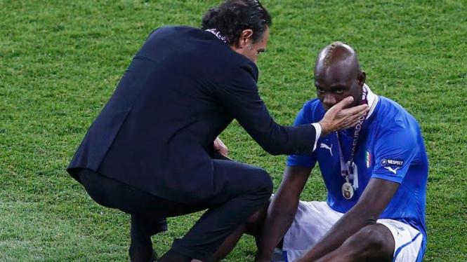 Mario Balotelli Dihibur Pelatih Cesare Prandelli