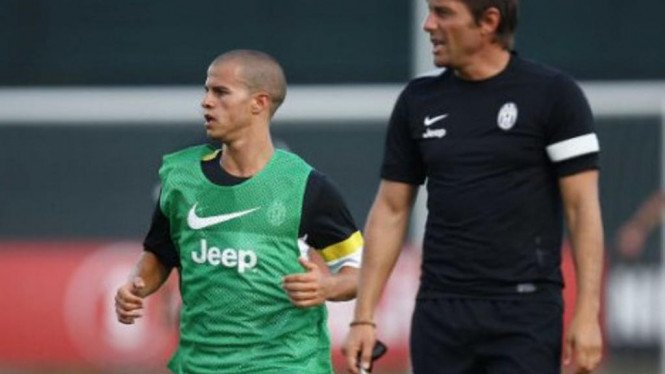 Pemain Juventus, Sebastian Giovinco (kiri) dan Antonio Conte.