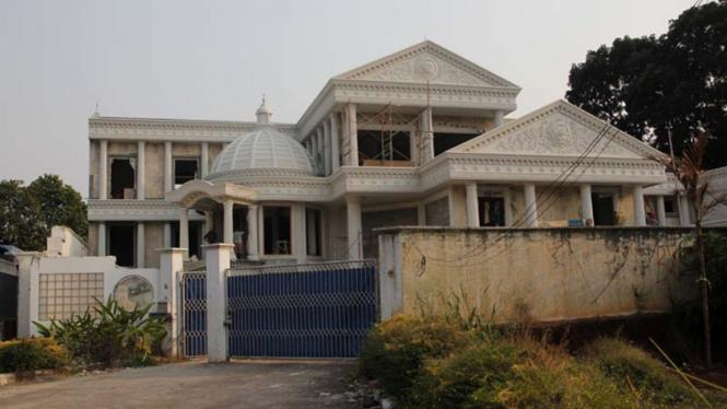 Rumah Mewah Anang Hermansyah - Ashanty di Cinere