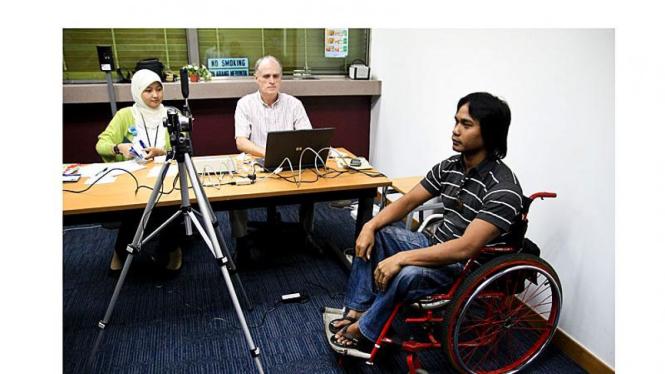 Atlet Paralympic Indonesia Jalani Pembuatan Visa Olimpiade London 2012