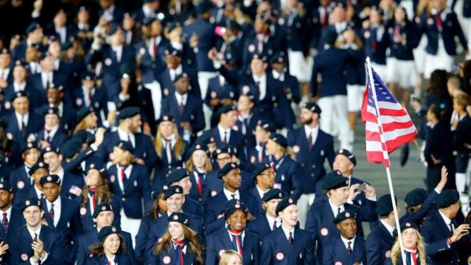 Kontingen Amerika Serikat di pembukaan Olimpiade 2012