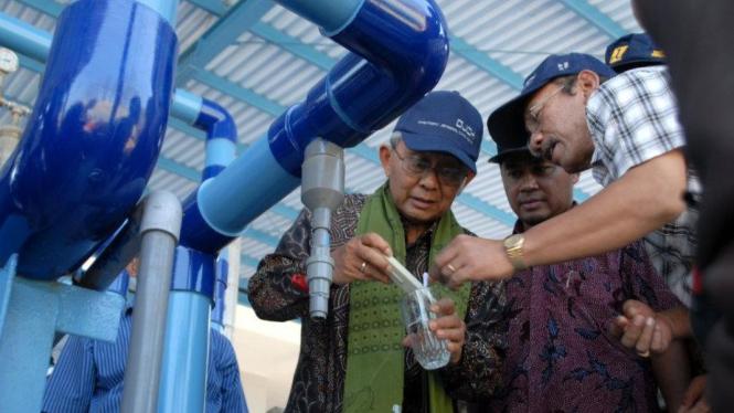 Instalasi Pengolahan Air Laut jadi air tawar di Sampang
