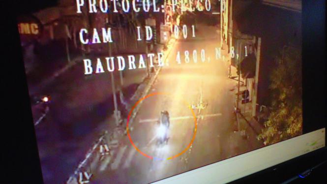 Dua pelaku penembakan polisi di Solo terekam CCTV