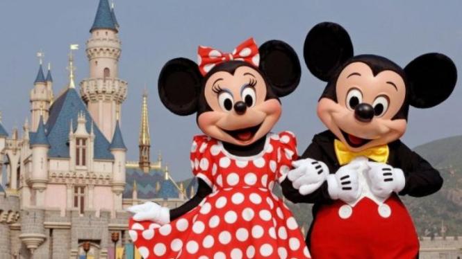 Minnie dan Mickey Mouse.