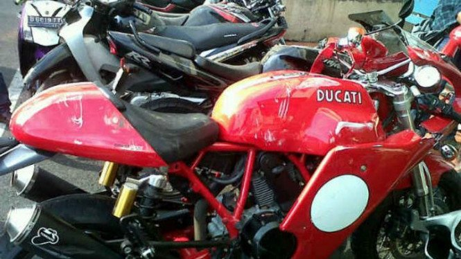 Motor Ducati maut