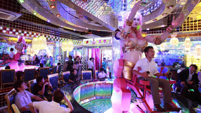 Restoran Robot di Jepang