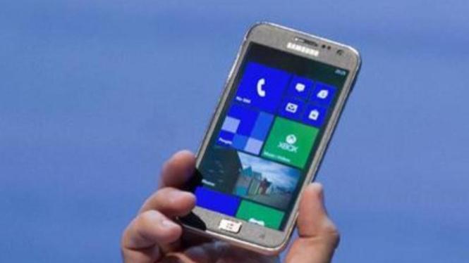 Samsung ATIV S, smartphone pertama berbasis Windows Phone 8