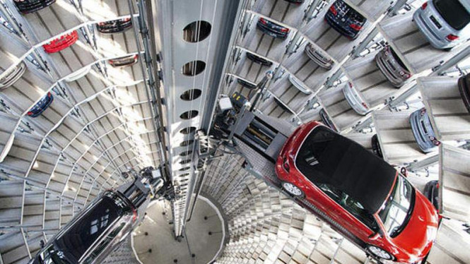 Volkswagen Autostadt, menara penyimpanan mobil VW Grup