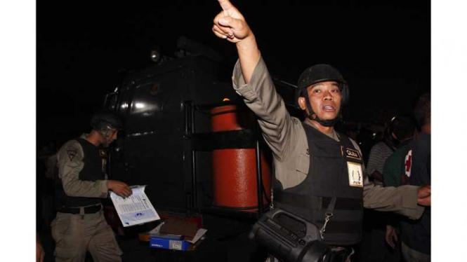 Bom di Depok, Jawa Barat