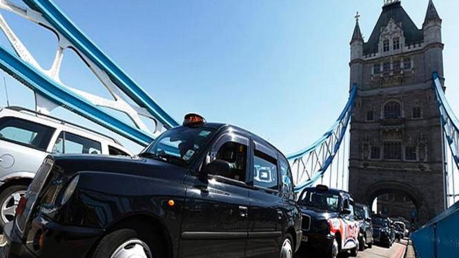 Taksi di Kota London pada 2012