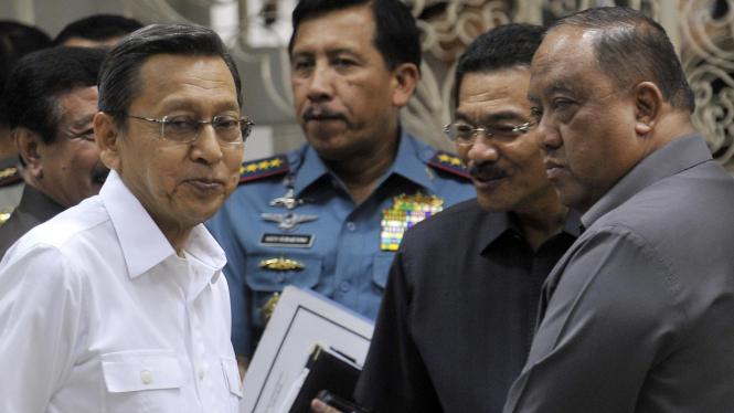 Wapres Boediono, Panglima TNI, Mendagri, dan Kepala BIN Marciano Norman