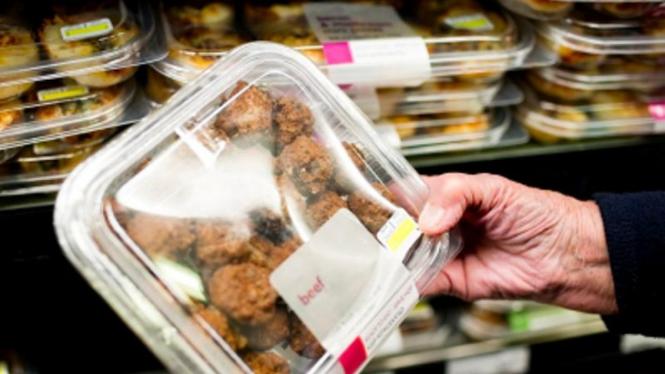 Makanan siap saji di supermarket
