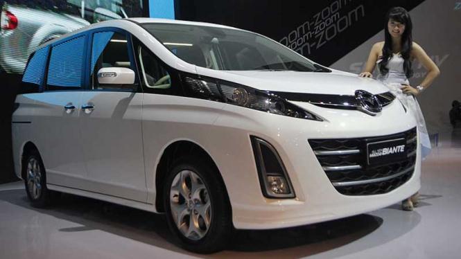 Mobil MPV di IIMS 2012, Mazda Biante