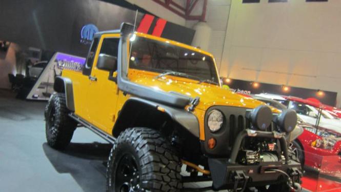 Jeep JK-8 Independent