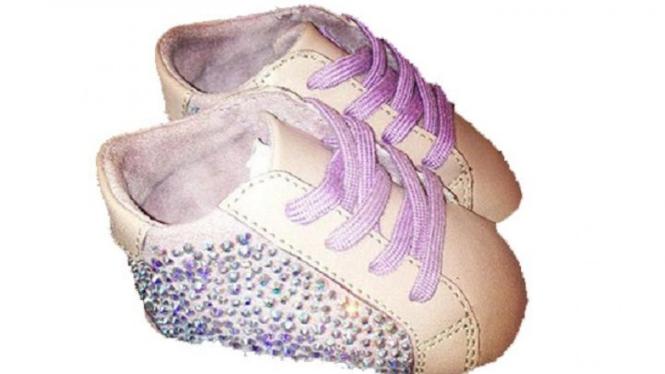 Sepatu anak pasangan Beyonce dan Jay Z