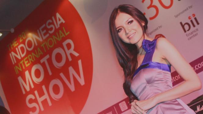 Miss IIMS 2012 Atria Loni Harini