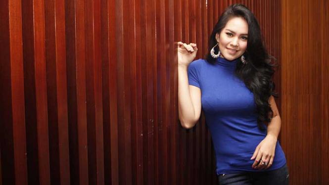 Kartika Putri Saat Screening Film Tali Pocong Perawan 2