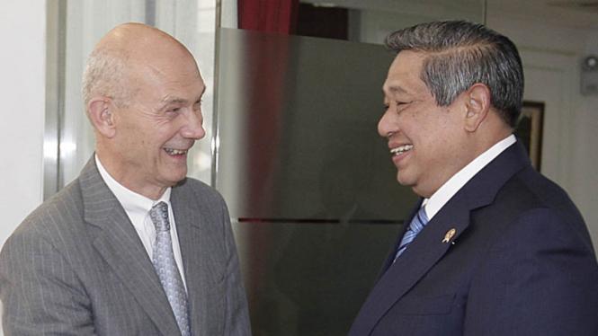 Presiden SBY dan Sekjen WTO, Supachai
