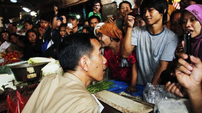 Jokowi Berkunjung ke Pasar Tradisional